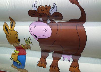 springkussen koe en haas